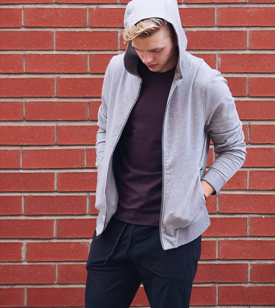 lululemon cross cut hoodie shoot portfolio lululemon fairview men\u0027s \u201ccross cut hoodie\u201d campaign